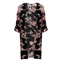B.Young Kimono with 3/4 sleeves