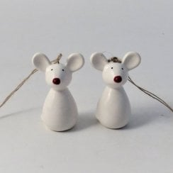 Danish Collection Ceramic Hanging Mouse - White
