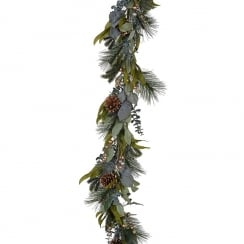 Danish Collection Gold Berry & Green Garland