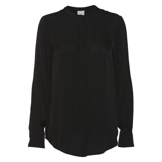 Julie Fagerholt Maple - Black Shirt